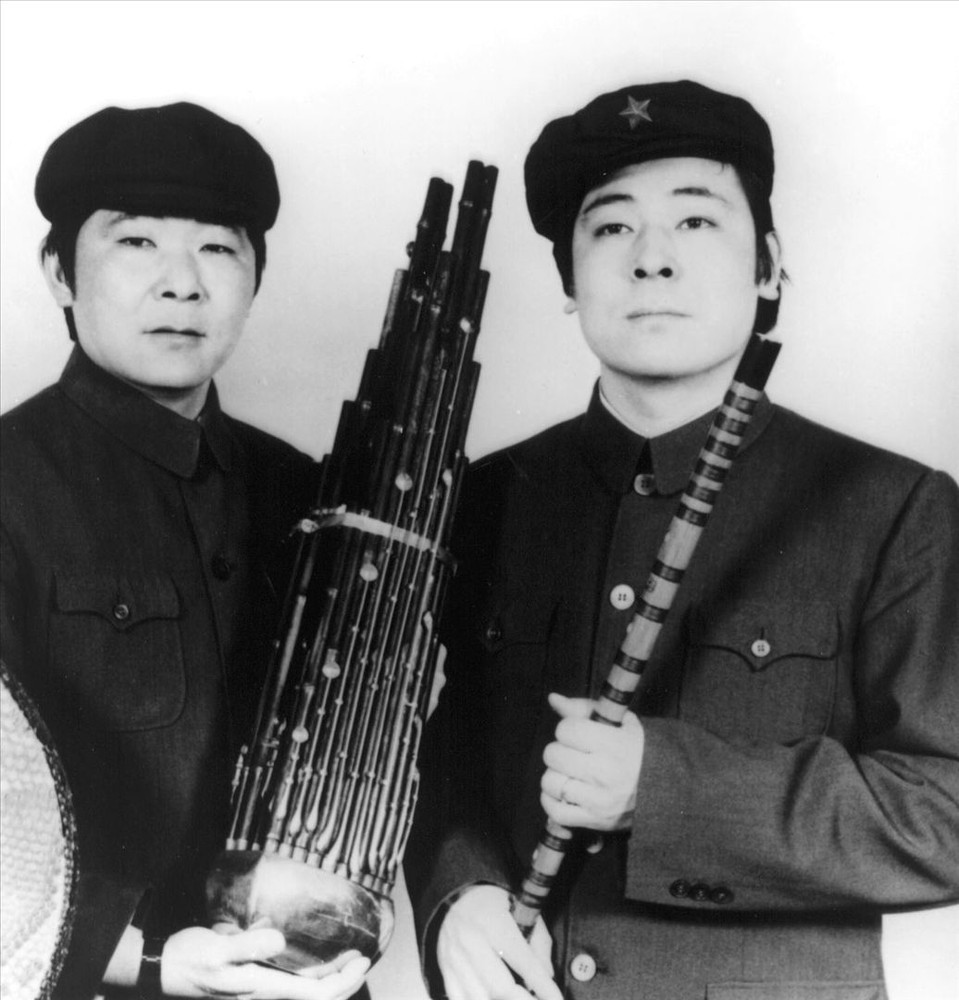 The Guo Brothers & Shung Tian