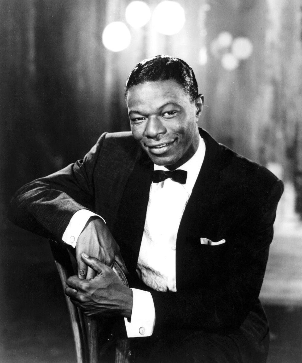 Nat King Cole Christmas.Nat King Cole The Christmas Song Spottedsounds Com